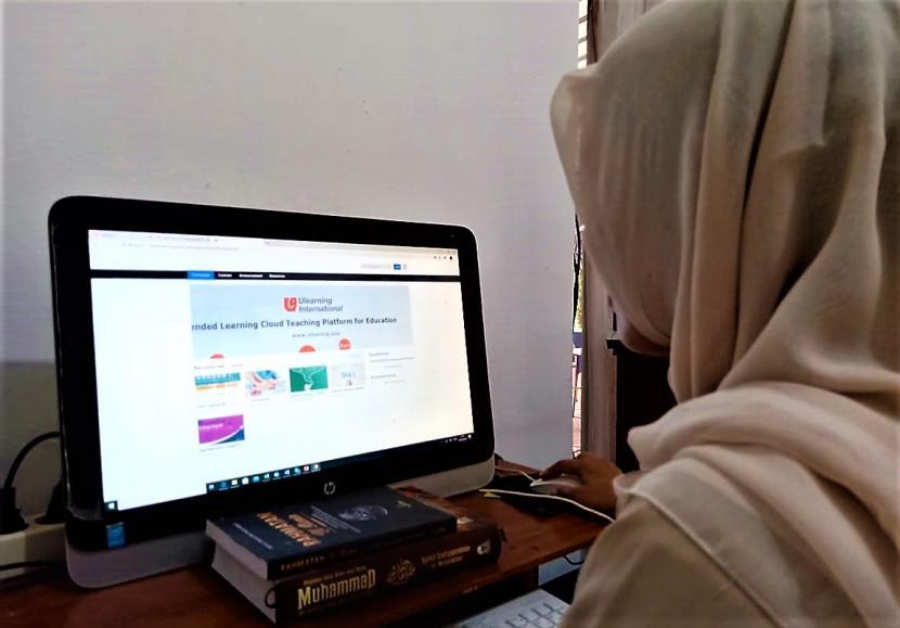 kajian online vs offline